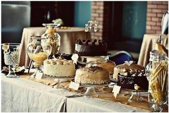 Mesa buffet para bodas tartas